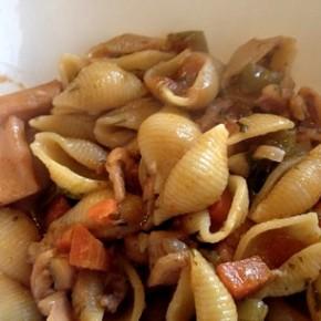 Ma recette de coquillettes aux calamars mijotés