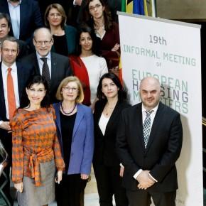 Les Ministres européens du logement demandent d'investir dans le logement pour sortir de la crise